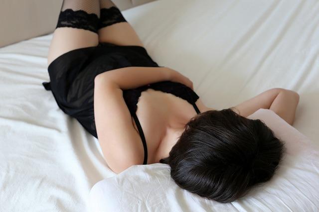エッチしちゃう黒髪ロングの美人JD!!
